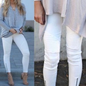 Pants - NWT White Moto Leggings
